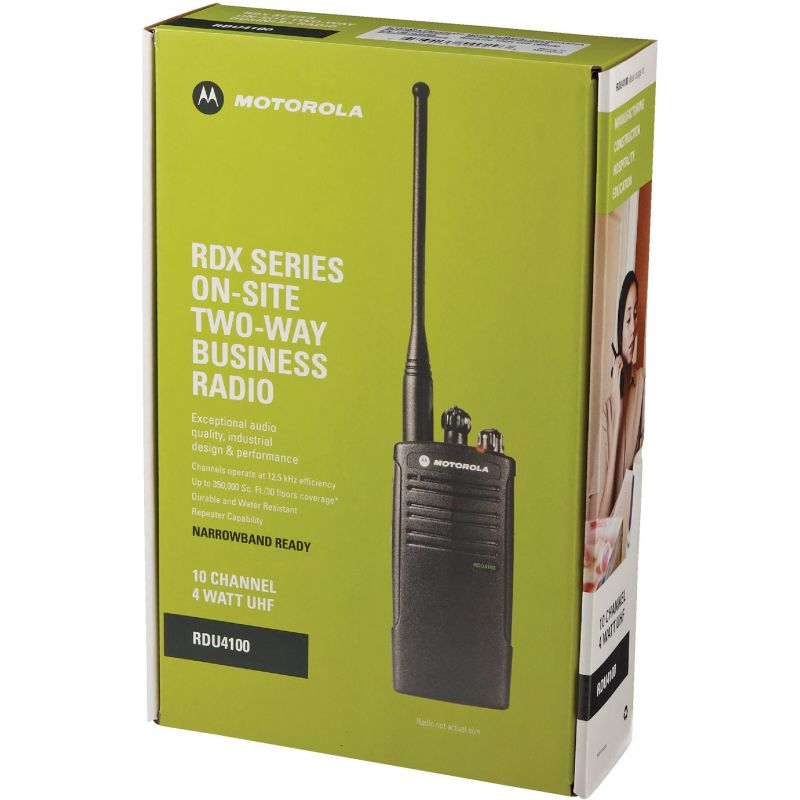 Motorola 4 Watt UHF Business 2-Way Radio 18.5 Hr., Black