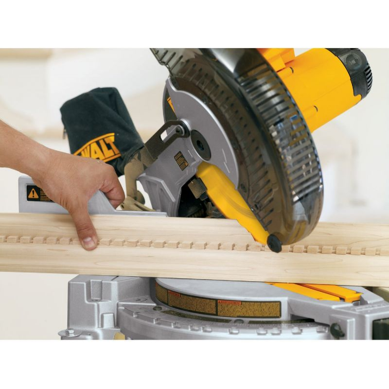 DeWalt 10 In. Compound Miter Saw 15A
