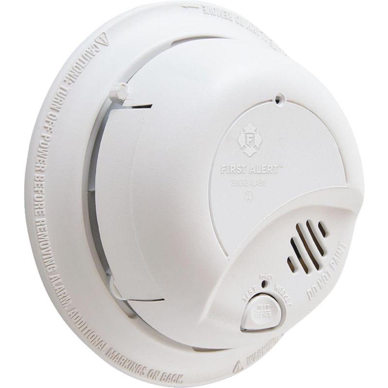 First Alert AC/DC Smoke Alarm White