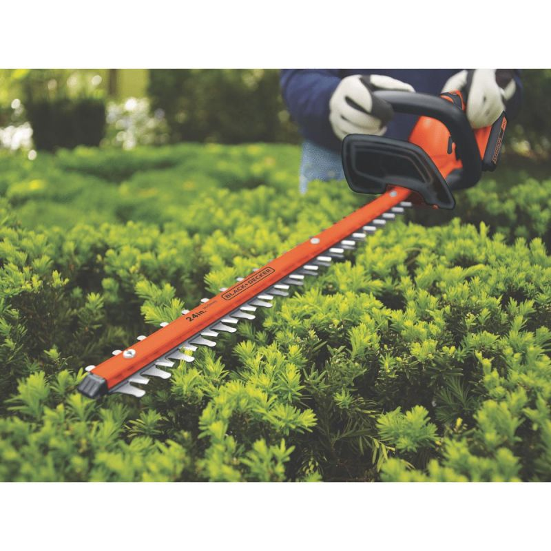 Black & Decker 40V MAX 24 In. Cordless Hedge Trimmer 3/4 In., 1.5A, 24 In.